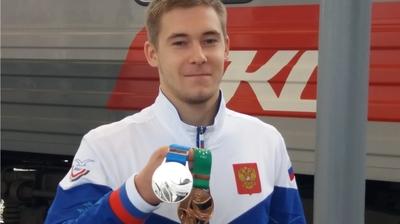 В Чебоксарах торжественно встретили двукратного призёра Всемирной летней Универсиады Владислава Поляшова